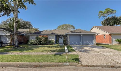 Photo of 2358 Farriers Bend Drive, Friendswood, TX 77546 (MLS # 14881889)