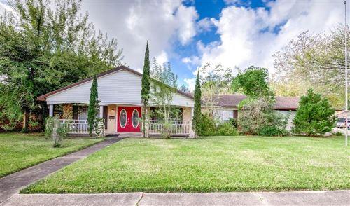 Photo of 3106 Stratford Street, Pearland, TX 77581 (MLS # 69235891)