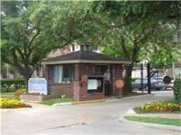 Photo of 8055 Cambridge #25, Houston, TX 77054 (MLS # 71325891)