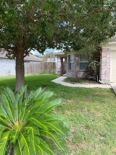 Photo of 21014 Foxwood Glen Lane, Humble, TX 77338 (MLS # 40643892)