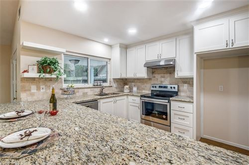 Photo of 6 Crested Tern Court, The Woodlands, TX 77380 (MLS # 34317894)