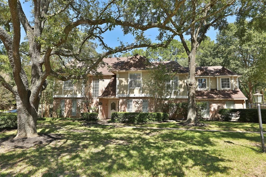 Photo for 17726 Theiss Mail Route Road, Spring, TX 77379 (MLS # 37427895)