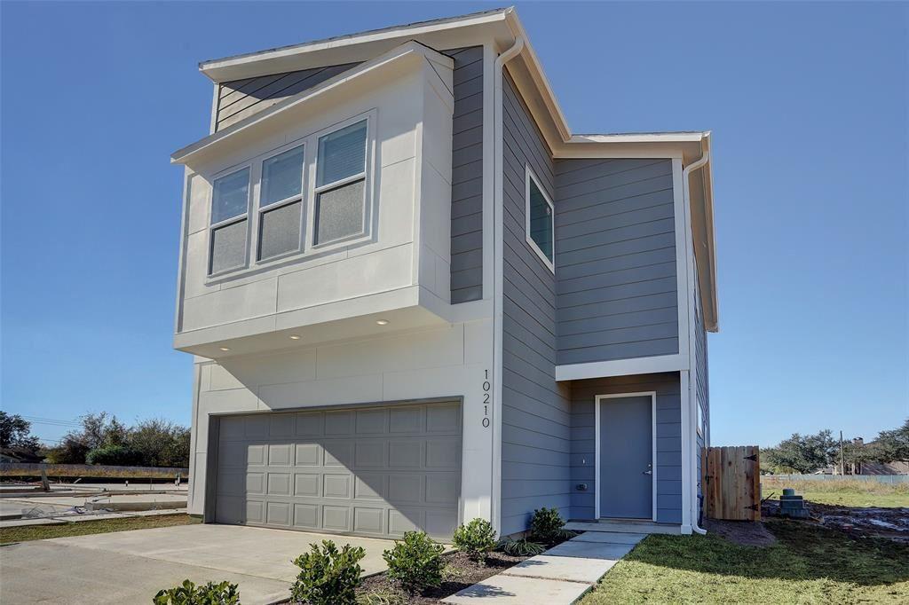 10209 Las Nubes Avenue, Houston, TX 77075 - #: 93740897