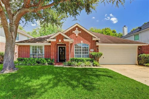 Photo of 1003 Norfolk Drive, Pearland, TX 77584 (MLS # 60318898)