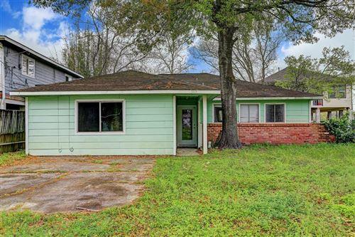 Photo of 309 Lakeside Drive, Kemah, TX 77565 (MLS # 86784898)