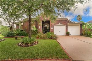 Photo of 2102 Forest Glen Lane, Kemah, TX 77565 (MLS # 26974899)