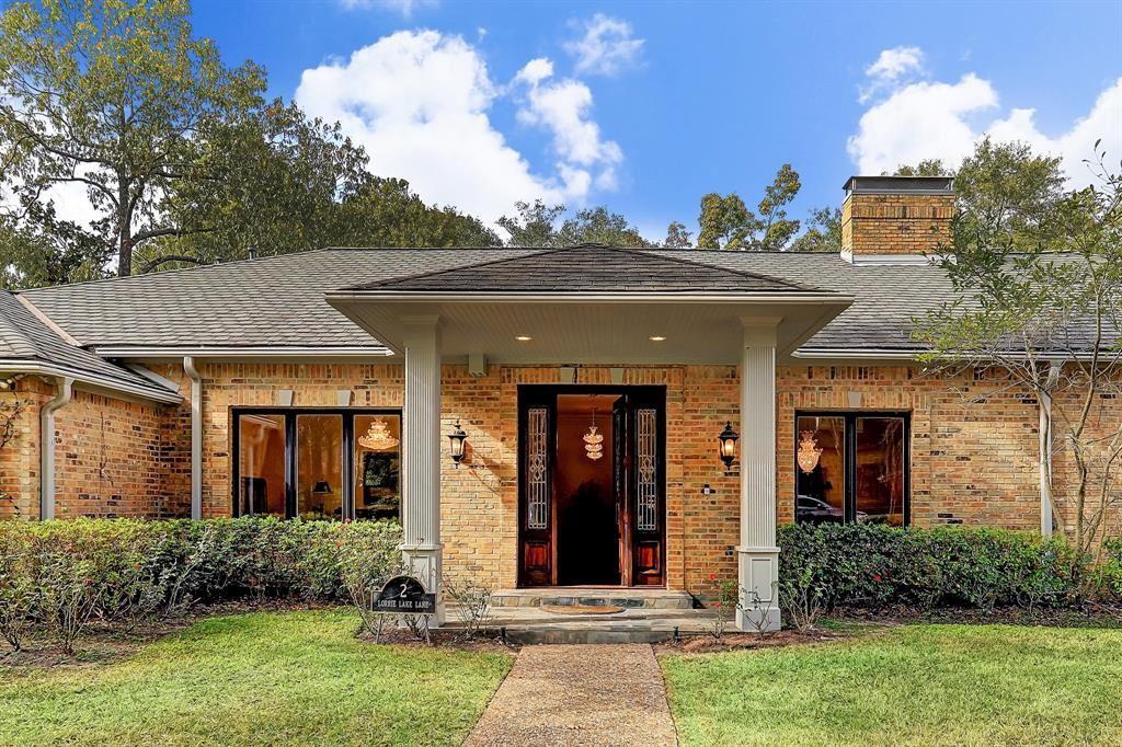Photo for 2 Lorrielake Lane, Houston, TX 77024 (MLS # 75685899)