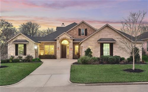 Photo of 34 Hillsborough Drive, Montgomery, TX 77356 (MLS # 29996900)