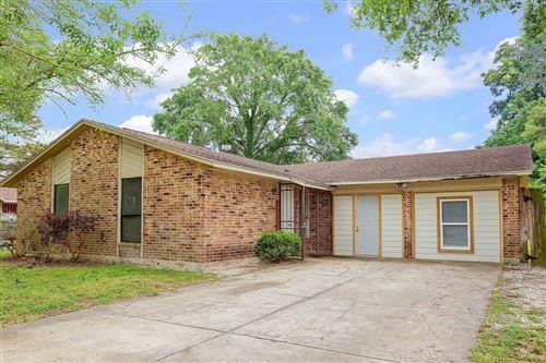 Photo of 2607 Woodbough Drive, Houston, TX 77038 (MLS # 28258907)
