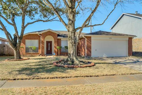 Photo of 1718 Oak Meadow Drive, Kemah, TX 77565 (MLS # 45381907)