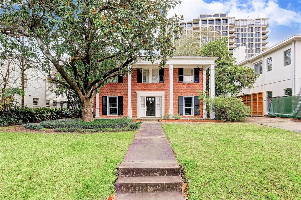 Photo for 3711 Olympia Drive, Houston, TX 77019 (MLS # 56171908)