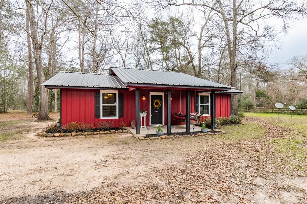 Photo of 161 County Road 2221, Cleveland, TX 77327 (MLS # 79716909)