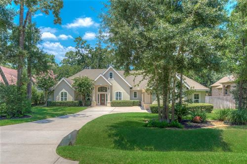 Photo of 10 Hillock Woods, The Woodlands, TX 77380 (MLS # 3376910)