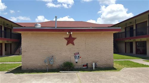 Photo of 2200 S Gordon Street, Alvin, TX 77511 (MLS # 76832911)
