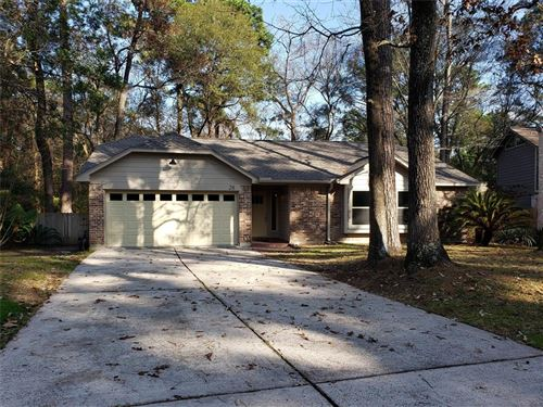 Photo of 28 N Rain Forest Ct Court, The Woodlands, TX 77380 (MLS # 9632911)