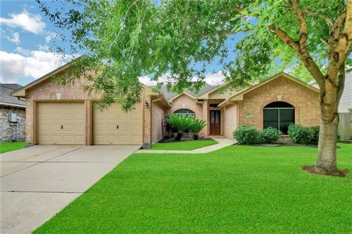 Photo of 2611 Port Carissa Drive, Friendswood, TX 77546 (MLS # 89194912)