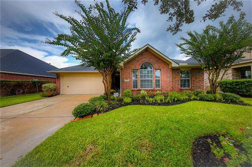Photo of 7611 Lakeside Manor Lane, Pearland, TX 77581 (MLS # 59270915)