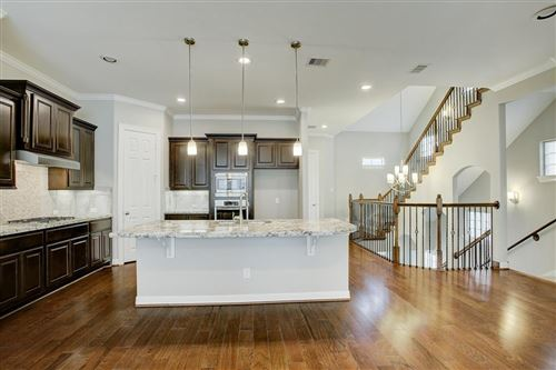 Photo of 10604 Enclave Springs Court, Houston, TX 77043 (MLS # 33853917)