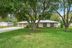 Photo of 2535 County Road 391, Pearland, TX 77581 (MLS # 81116921)