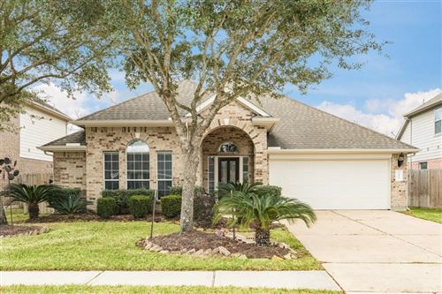 Photo of 2412 Appian Way, Pearland, TX 77584 (MLS # 16437922)
