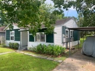 Tiny photo for 4926 Higgins Street, Houston, TX 77033 (MLS # 5389925)
