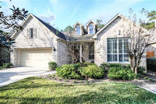 Photo of 154 E Northcastle Circle, The Woodlands, TX 77384 (MLS # 45940927)