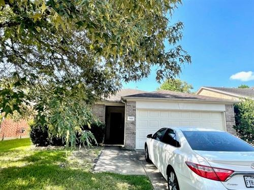 Photo of 7306 Wisteria Chase Place, Humble, TX 77346 (MLS # 41308928)