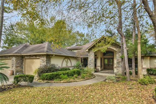 Photo of 244 E Blue Heron Drive, Montgomery, TX 77316 (MLS # 22236940)