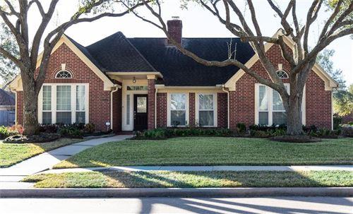 Photo of 3902 Village Corner Drive, Houston, TX 77059 (MLS # 58692940)