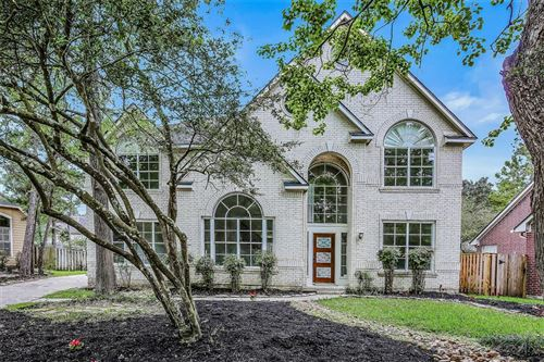 Photo of 11 Wintercorn Place, The Woodlands, TX 77382 (MLS # 90335940)
