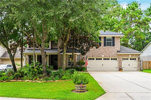 Photo of 15 Taupewood Place, The Woodlands, TX 77384 (MLS # 25857943)