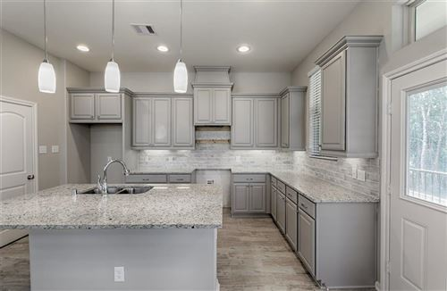 Photo of 324 N Spotted Fern Drive, Montgomery, TX 77316 (MLS # 84118944)