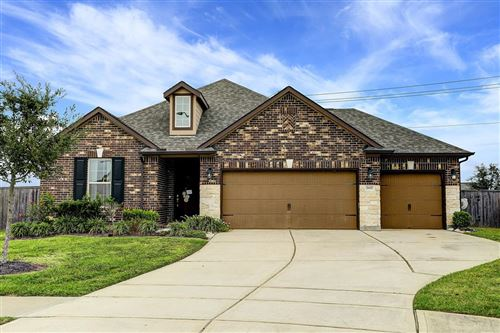 Photo of 2617 Kenton Hollow Lane, Pearland, TX 77089 (MLS # 18725945)