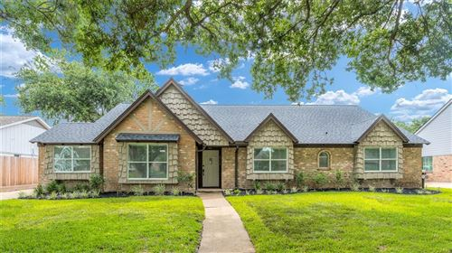 Photo of 2750 Shadowdale Drive, Houston, TX 77043 (MLS # 34342945)