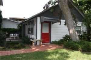 Photo of 5406 1/2 Sheldon Street #B, Houston, TX 77008 (MLS # 60428946)