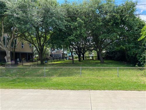 Photo of 0000 Rosewood, Clear Lake Shores, TX 77565 (MLS # 63266946)