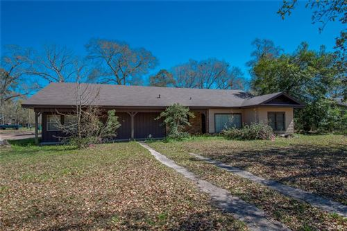 Photo of 405 Tanner Avenue, Cleveland, TX 77327 (MLS # 32320947)