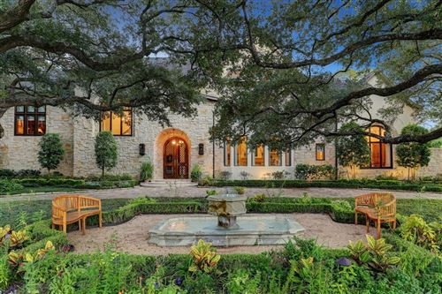 Photo of 5401 Doliver Drive, Houston, TX 77056 (MLS # 12627948)