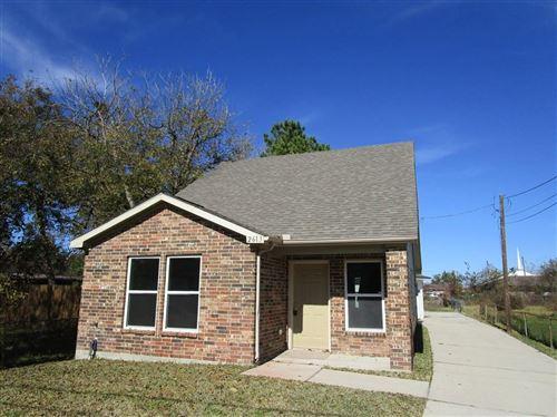 Photo of 2613 Waco Street, Baytown, TX 77521 (MLS # 8482948)