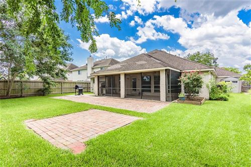 Photo of 310 Willow Pointe Drive, League City, TX 77573 (MLS # 89462948)