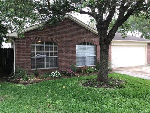Photo of 1703 Oak Meadow Drive, Kemah, TX 77565 (MLS # 75610950)