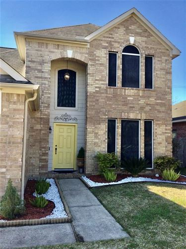 Photo of 8619 W Highlands Crossing Crossing, Highlands, TX 77562 (MLS # 32992956)