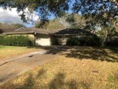 Photo of 3845 Westglen Drive, Alvin, TX 77511 (MLS # 25240961)