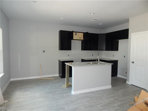 Photo of 821 Omeara, Montgomery, TX 77316 (MLS # 3433962)