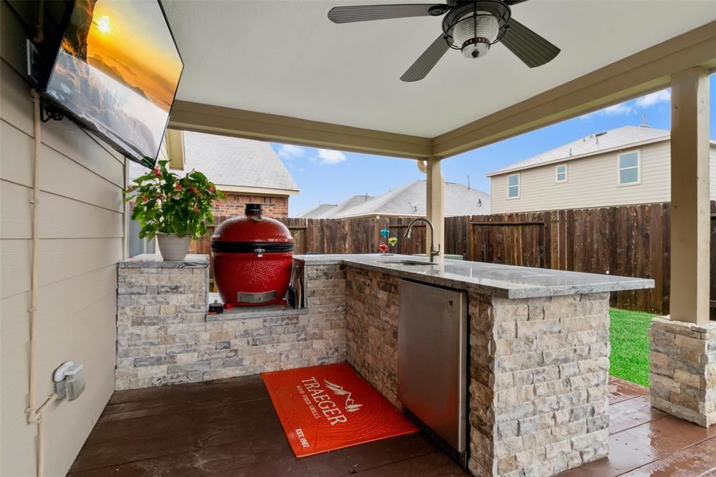 Photo for 16515 Silla Ridge Court, Houston, TX 77049 (MLS # 16600963)