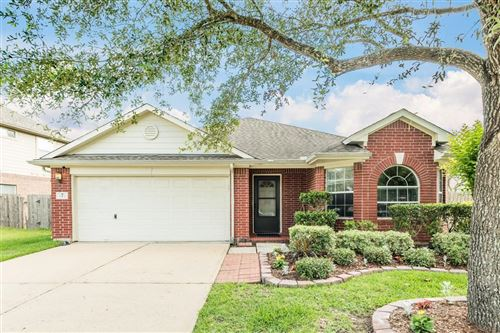 Photo of 1101 Sunset Lakes Drive, Pearland, TX 77581 (MLS # 23821964)