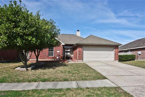 Photo of 622 Bay Oaks Drive, Kemah, TX 77565 (MLS # 75009964)