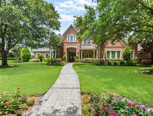 Photo of 19 CYPRESS RIDGE Lane, Sugar Land, TX 77479 (MLS # 37303967)
