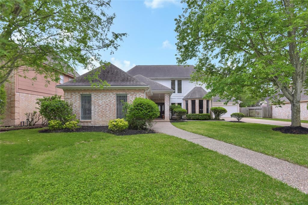 Photo for 12107 Normont Drive, Houston, TX 77070 (MLS # 71015967)