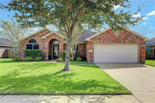 Photo of 1804 Majestic Oak Drive, Pearland, TX 77581 (MLS # 27182968)